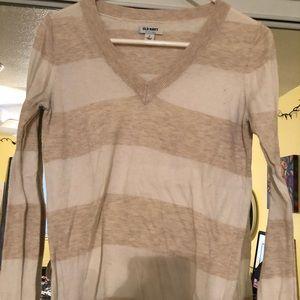 cream/white old navy sweater